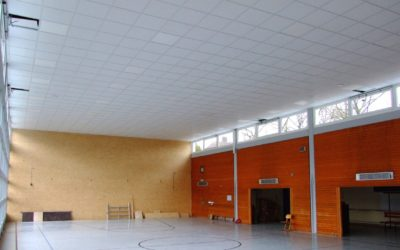 Baufortschritt Turnhalle – Beleuchtung installiert